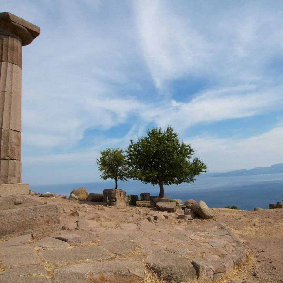 Five dramatically located sites you should include on a tailor-made holiday to Turkey | Temple of Athena Assos (Behramkale) Turkey
