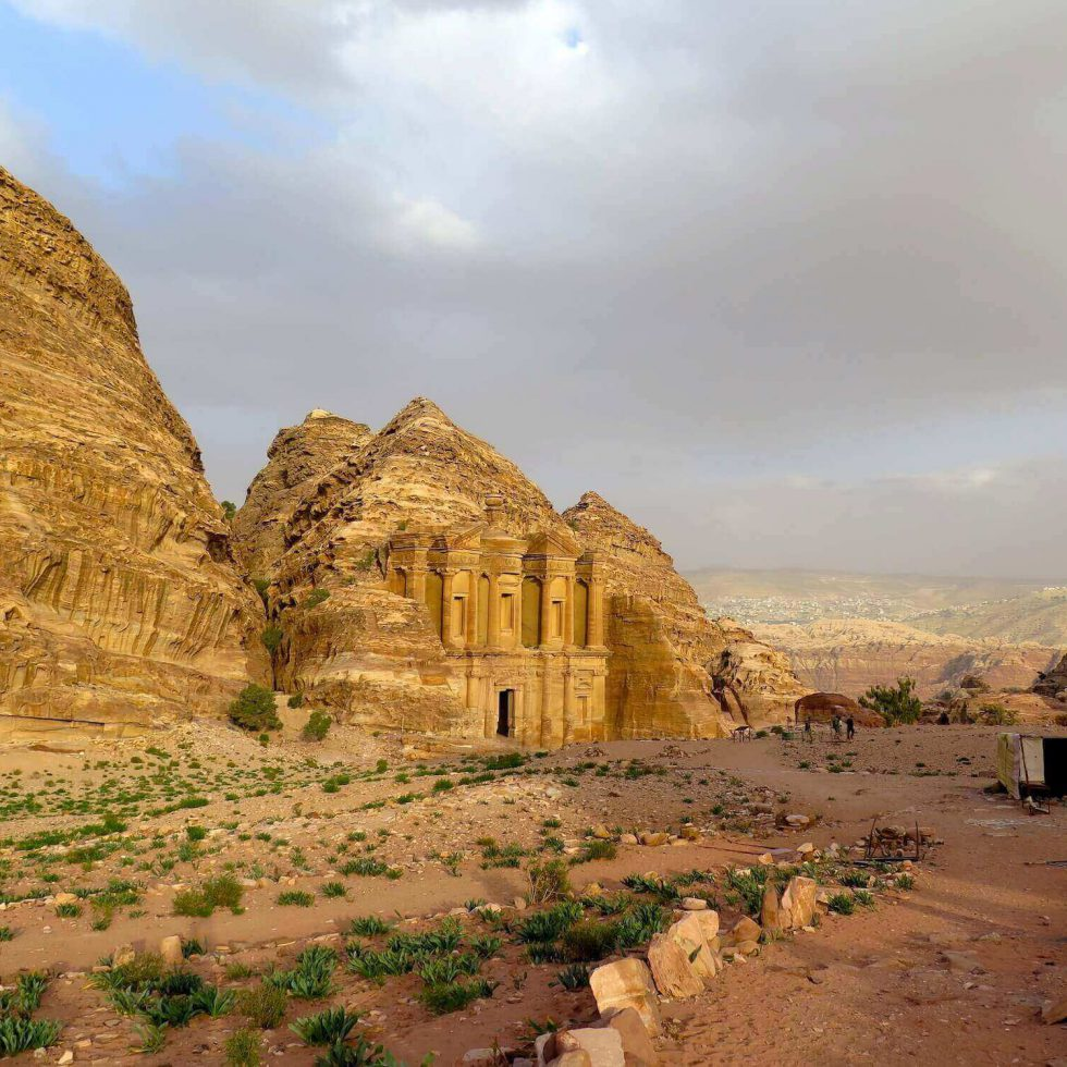 EVERYTHING YOU NEED TO KNOW WHEN VISITING PETRA