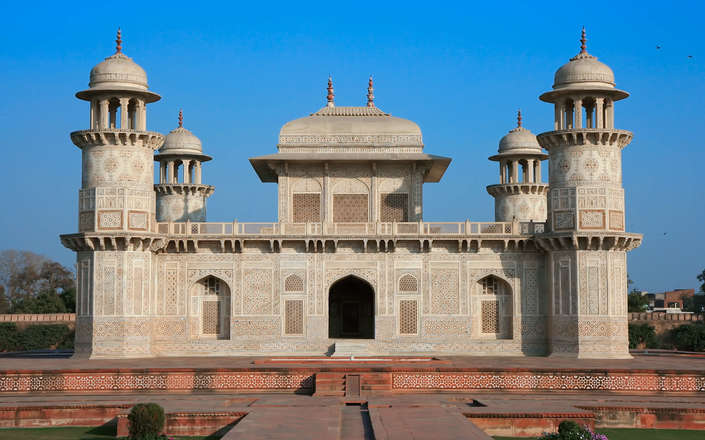 Visit Agra on a tailor-made holiday to north India