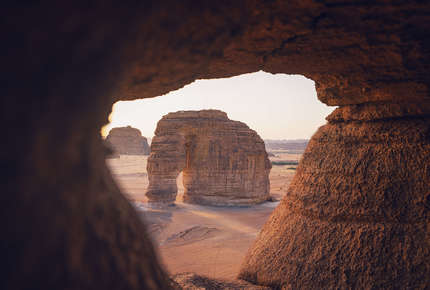 Elephant Rock in Al Ula is a highlight of a Jordan & Saudi Arabia tour