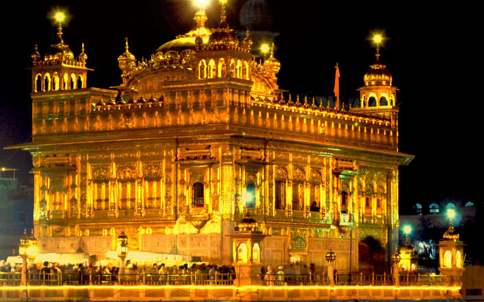 Visit Amritsar on a tailor-made holiday to north India