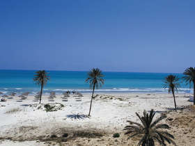 1WheretoTravel-DjerbaRSRTDjerba-Beach2