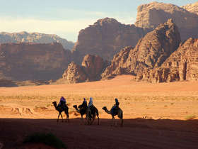 Our tailor-made Wadi Rum tours will reval the region's beauty in style.