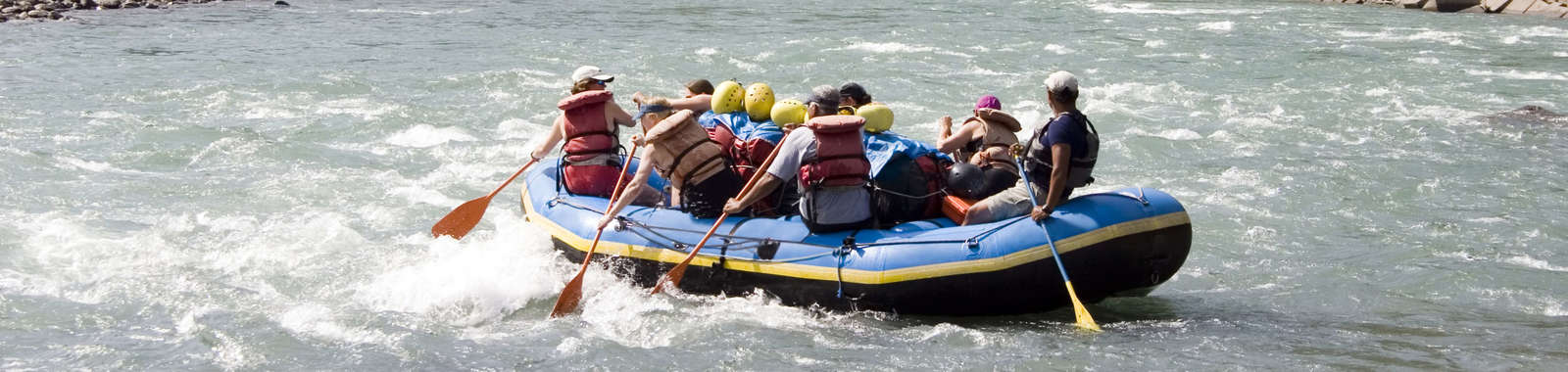 dreamstime_xxl_602642_River_Rafting