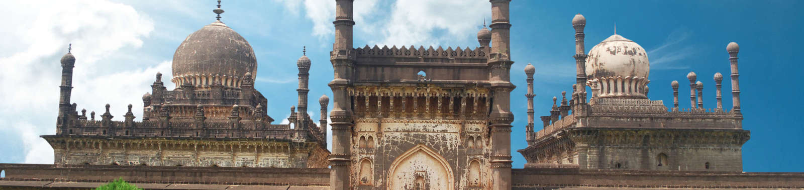 Explore historic Hyderabad on a tailor made holiday to South India