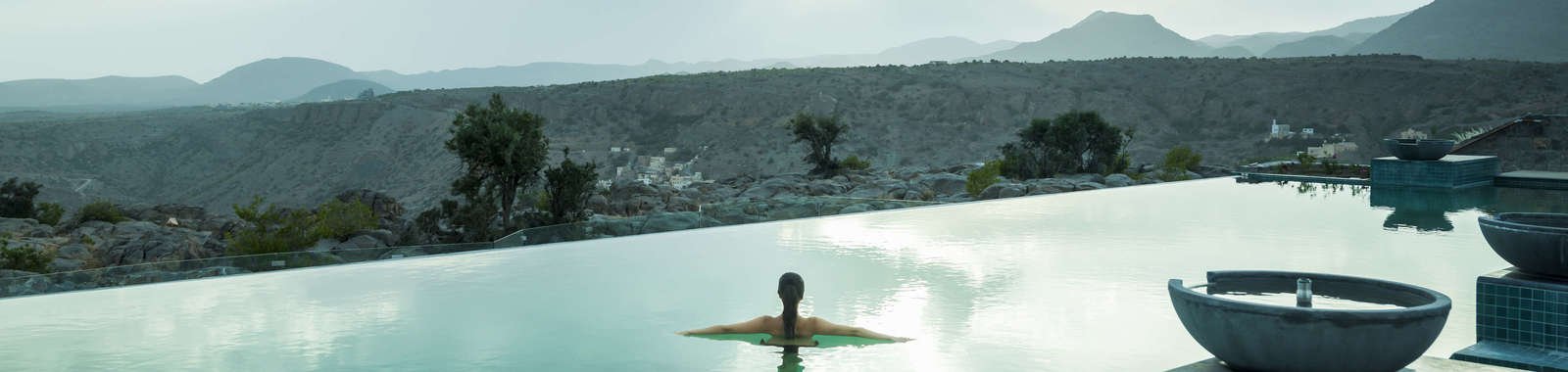 Anantara-Al-Jabal-Al-Akhdar-Resort-Pool-Lifestyle