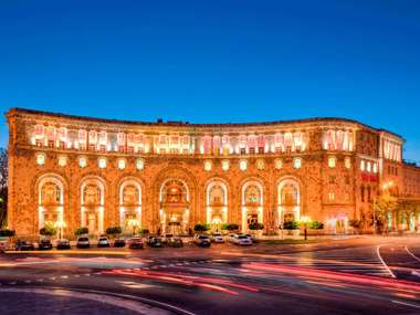 Stay at the luxury Armenia Marriott Hotel Yerevan