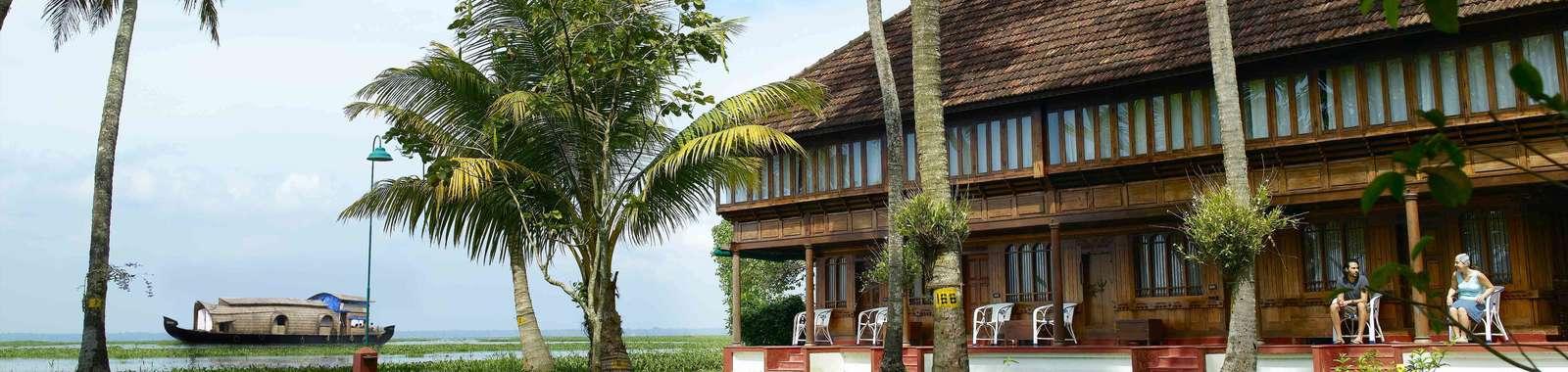 CoconutLagoon,Coconutgroveandlagoons1