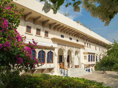 Dera Mandawa heritage hotel in the heart of Jaipur, Rajasthan