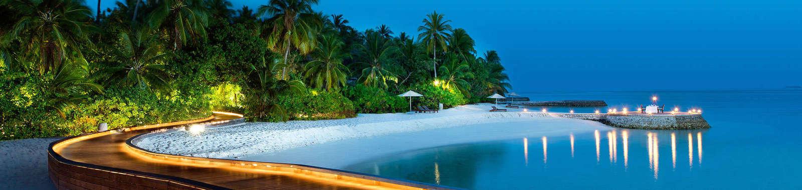 Maldives-Homepage-Background-W-Retreat