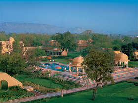 Tailor made holiday to India staying at the luxurious Oberoi Hotels & Resorts