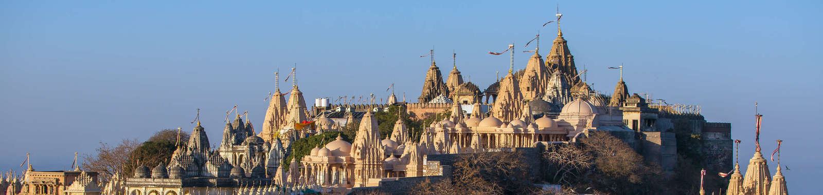 An introductory tour exploring the culturally and architecturally distinct state of Gujarat in India