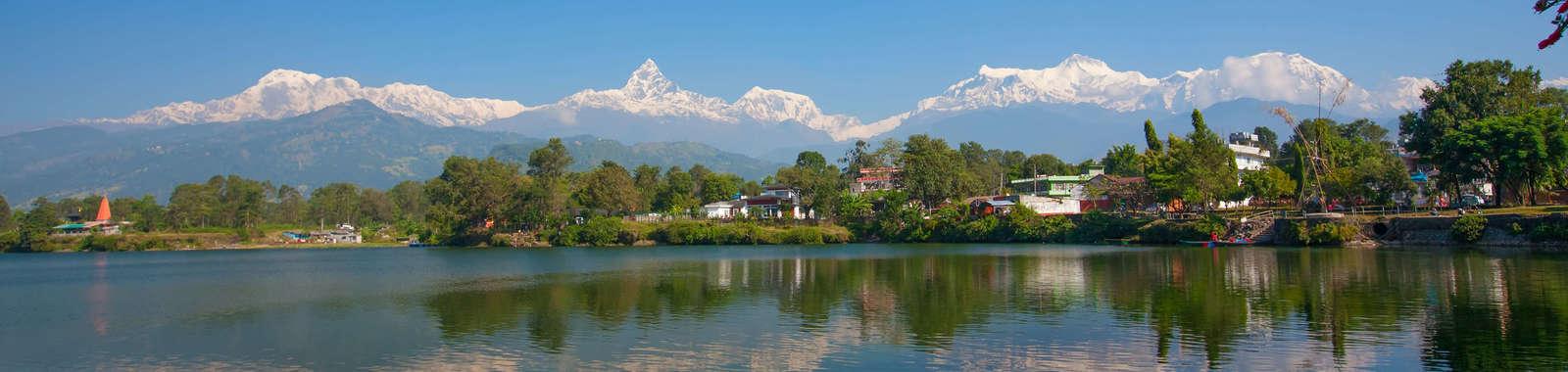 dreamstime_xxl_41959956_Pokhara_Panoramic