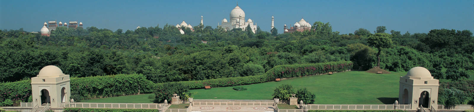 Luxury tailor made holiday to India staying at the luxurious Oberoi Hotels & Resorts