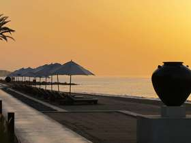 A luxurious & relaxed luxury holiday in Oman with a sprinkling of Arabian magic.