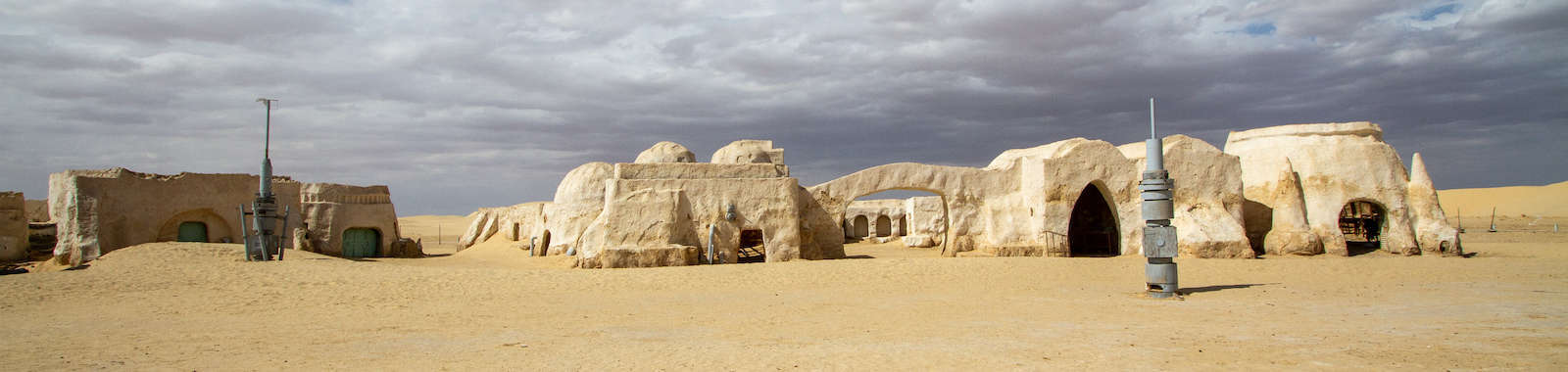 Visit Star Wars film sets on a private Star Wars tour of Tunisia